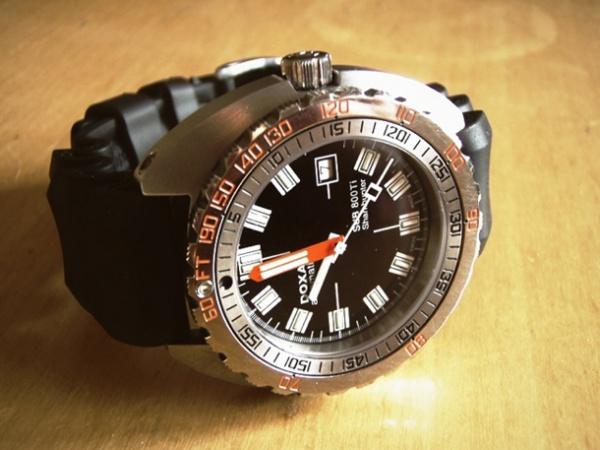 часы с глубиномером